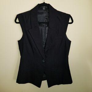 Jackets & Blazers - CLASSIC BLACK VEST JR SZ SMALL